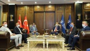 Başkan Aktaş, demokrasinin uç beylerini ağırladı - Bursa Haberleri