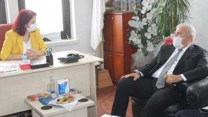 Başkan Atay, gazetecileri unutmadı