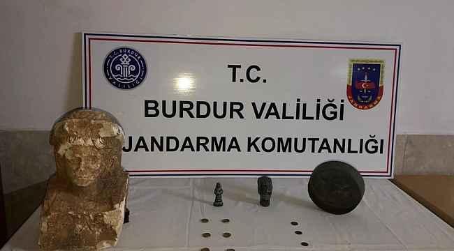 Burdur'da 17 parça tarihi eser ele geçirildi