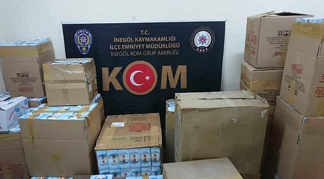 Bursa'da kaçak maske üretim fabrikasına baskın