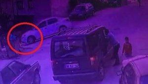 Bursa'da oyun oynayan çocuğa araç çarptı o anlar kameraya yansıdı - Bursa Haberleri