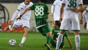 Bursaspor topu rakibe bırakıyor - Bursa Haberleri