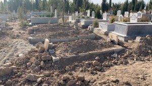 Diyarbakır'da öldürülen genç kadın Adıyaman'da defnedildi