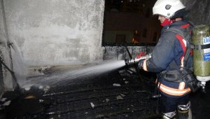Erdemli'de korkutan yangın