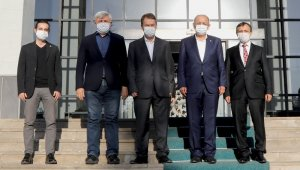 ERÜ'de, AK Parti Genel Başkan Yardımcısı Mehmet Özhaseki'nin Katılımı ile Hastane Bölgesi İyileştirme Projesi Toplantısı yapıldı