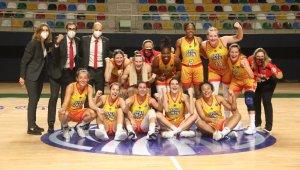 EuroLeague Kadınlar: Spar Girona: 76 - ACS Sepsi: 54
