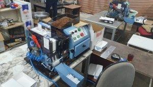 Fabrika gibi çalışan kaçak tütün depolarına baskın