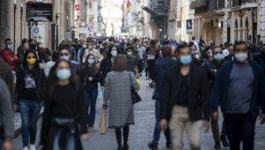 İtalya'da günlük vaka sayısında yeni rekor