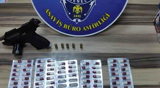 İzmir'de gasp şüphelileri polise yakalandı: 3 tutuklama