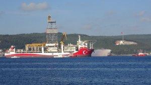 Kanuni sondaj gemisi Çanakkale Boğazı'ndan geçti
