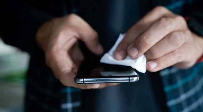 Koronavirüs, telefon ekranı üzerinde 28 gün bulaşıcılığını koruyabiliyor