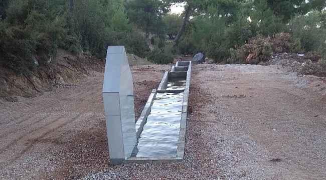 Manisa'da hayvanlar için su kaynağı