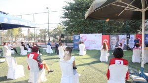 Mersin'de 'meme kanserine karşı farkındalık' etkinliği