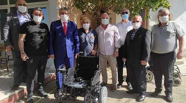 MHP Aydın'dan tekerlekli sandalye desteği