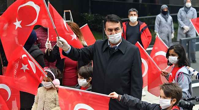 Osmangazi'de Cumhuriyetin 97. yılı için 97 bin Türk Bayrağı