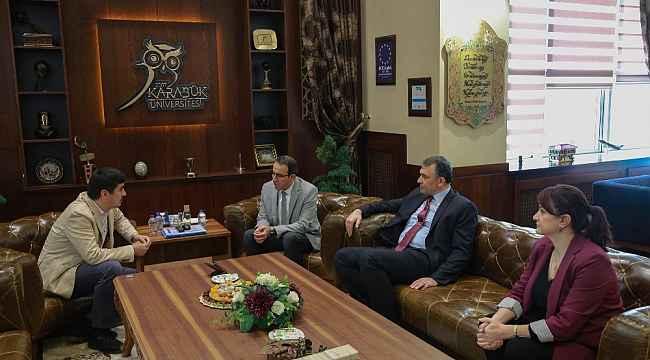 Özbekistanlı bürokrat'tan KBÜ'ye ziyaret