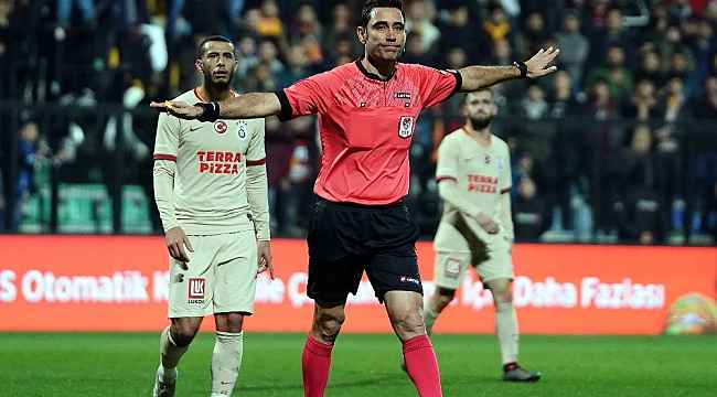 Rizespor-Kayserispor maçını Koray Gençerler yönetecek