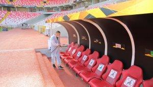 Sivas 4 Eylül Stadyumu UEFA maçı öncesi dezenfekte edildi