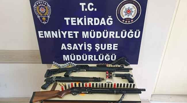 Tekirdağ'da ruhsatsız silah operasyonu: 5 gözaltı