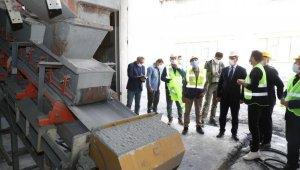 Vali Balcı, Cumhuriyet tarihinin ilk antimuan madenini gezdi