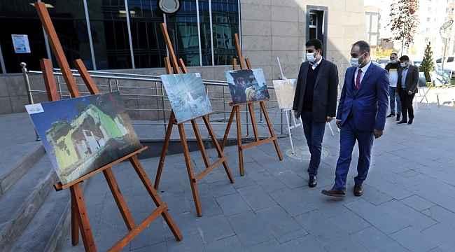 Van Büyükşehir Belediyesinden deprem sergisi