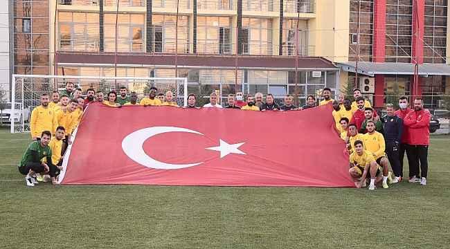 Yeni Malatyaspor'da 2 futbolcunun Covid-19 testi pozitif çıktı