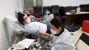 Adliye Çalışanlarından Kızılay'a kan bağışı