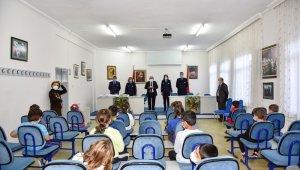 Ankara Zabıtası'ndan Başkentli miniklere bilinçli tüketici semineri