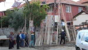 Aydın'da 'zeytin sırıkları' teknolojiye karşı direniyor
