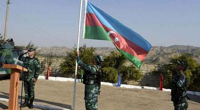 Azerbaycan ordusu 27 yıldır işgal altında bulunan Ağdam'a girdi