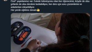 """Bakan Selçuk: """"Sınav grubu öğrencilerimiz için TRT EBA kanallarında hafta sonları 'Sınav Özel' yayınlarımız var"""""""