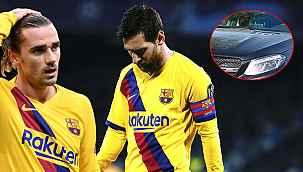 Barcelona'da taraftarlar arabanın önünü kesti, olay oldu