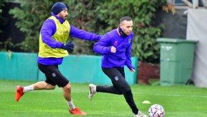 Başakşehir'de Manchester United maçı hazırlıkları başladı