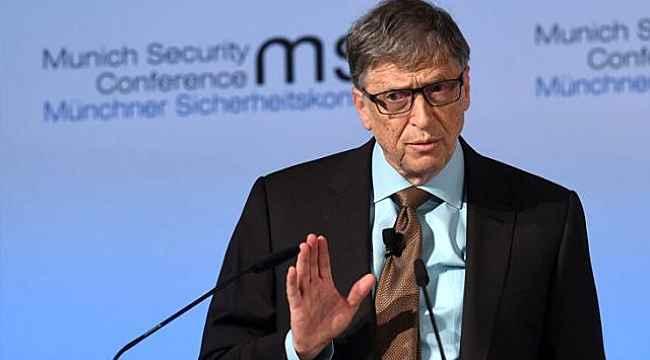 """Bill Gates'ten koronavirüs kehaneti: """"İş seyahatlerini, eski ofis yaşamınızı unutun"""""""