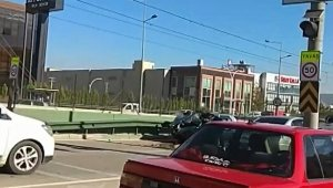 Bursa'da 10 dakikada iki feci kaza
