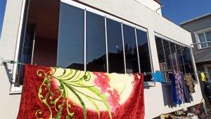 Bursa'da hatalı cam balkon bütün aileyi zehirledi - Bursa Haberleri