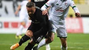 Bursaspor deplasmanda 13 puan kaybetti