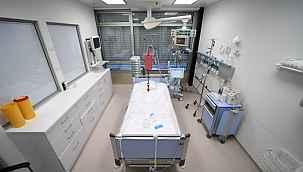 """Covid-19 hastalarını """"Acı çekmesin"""" diye öldüren doktor tutuklandı"""