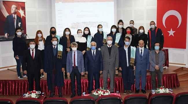 DPÜ Güzel Sanatlar Fakültesinde Yükseltme Töreni