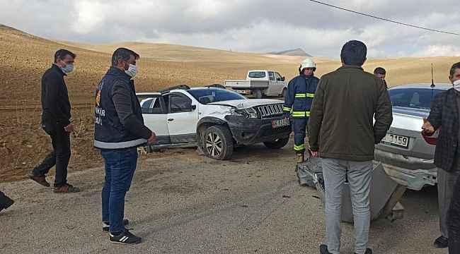Düğün konvoyunda kaza: 1 yaralı