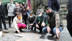 Fethiye Caddesinde doğal taş zemini uygulanıyor