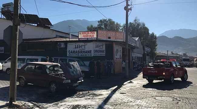 Fethiye'de Seyir Halindeki Otomobil Yandı