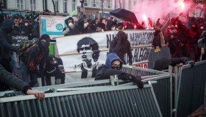 Fransa'daki protestolar devam ediyor