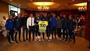 G.Birliği maçıyla 100. maçına çıkacak Erol Bulut'a sürpriz kutlama