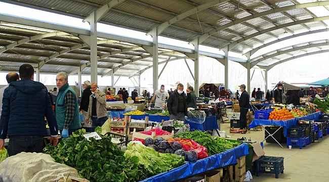 Hisarcık pazarı sokağa çıkma yasağı sonrası açıldı