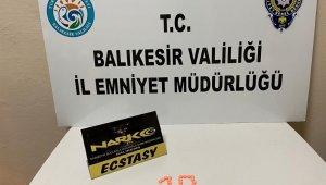 İzmir'den otobüsle uyuşturucu getiren şüpheli yakalandı