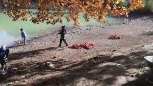 Kolak Gölü'nde belediye ekipleri temizlik çalışmaları gerçekleştirdi