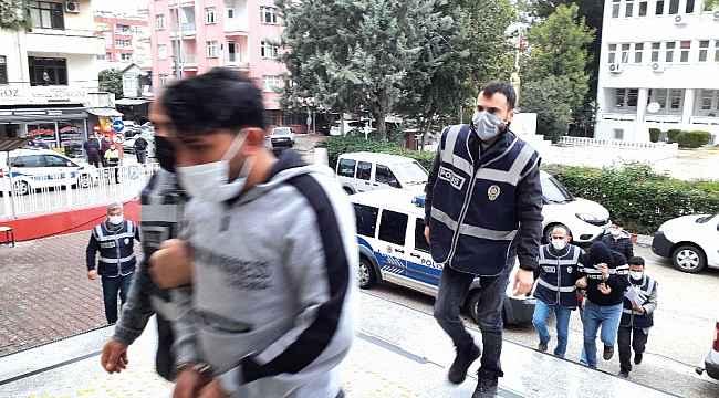 Kozan'da bilişim dolandırıcılığı operasyonunda 7 tutuklama