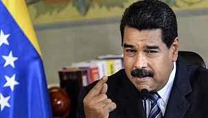"""Maduro canlı yayında telefon numarasını paylaştı: """"Beni gruplarınıza ekleyin"""""""