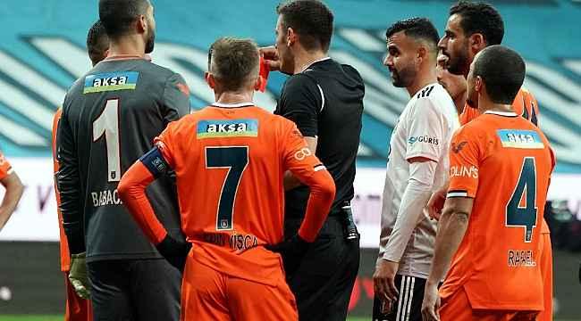 Mehmet Topal 4 sezon sonra kırmızı kart gördü